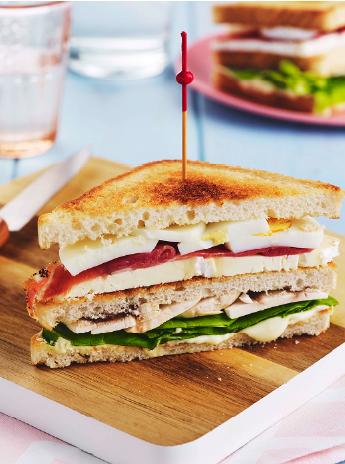 club sandwich au chaource une recette d t parfaite pour un pique nique. Black Bedroom Furniture Sets. Home Design Ideas