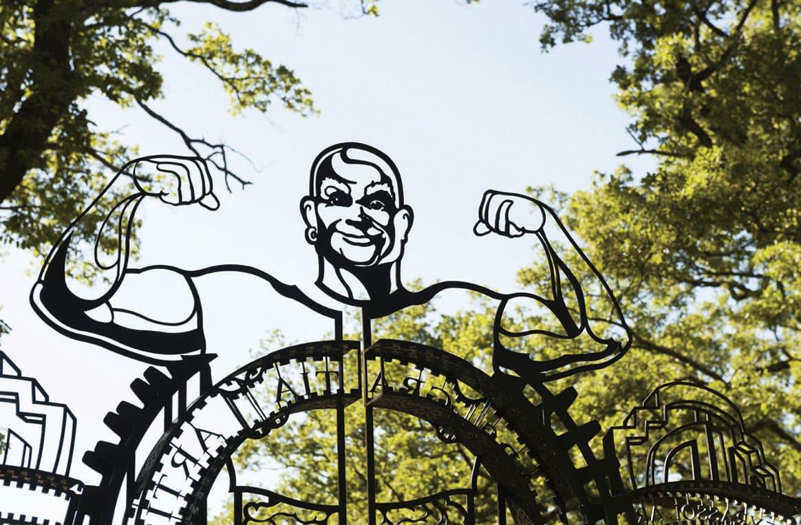 Commanderie de Peyrassol, la porte ouverte sur l'art contemporain, en Provence