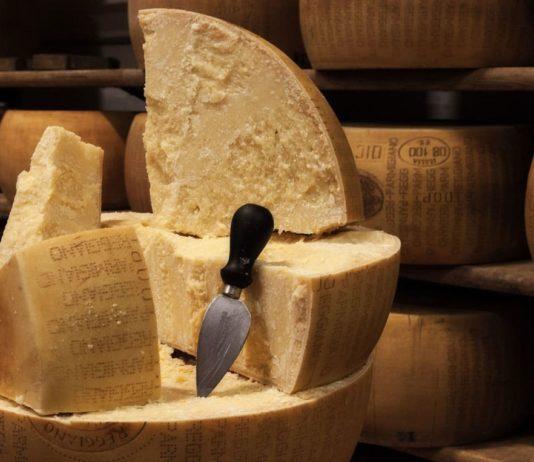Les secrets de fabrication du Parmesan (Parmigiano Reggiano)