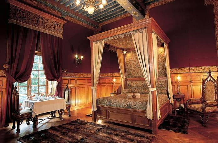 Au château de Vault-de-Lugny, en Bourgogne