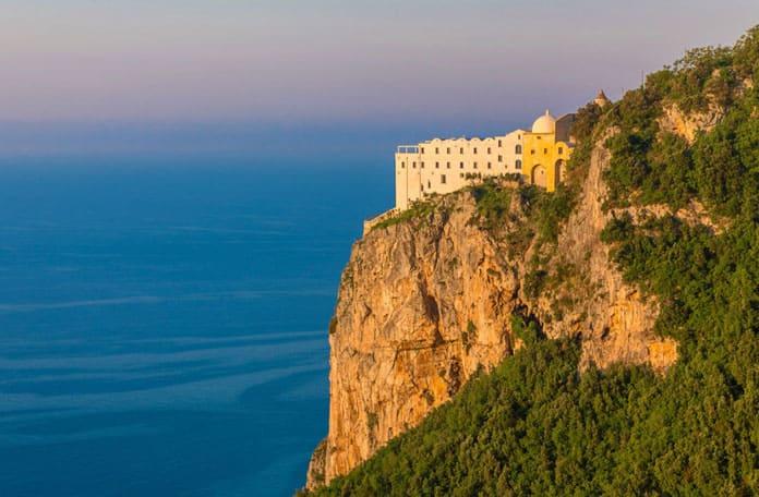 Le tour du monde des hôtels de luxe à flanc de colline