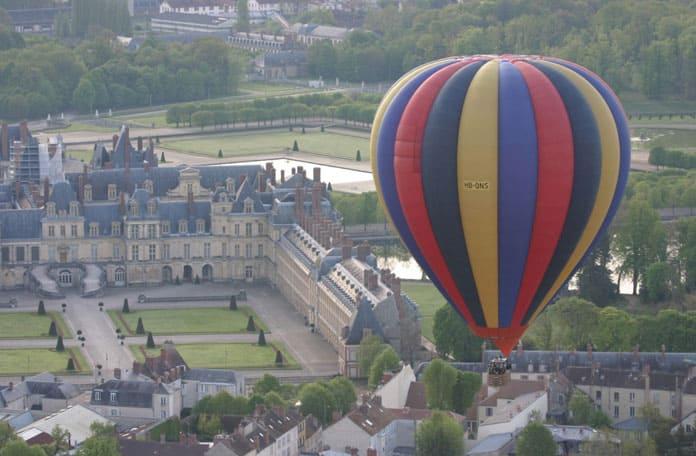 Balade en France, à bord d'une montgolfière